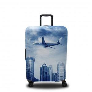 Чехол для чемодана Самолёт над мегаполисом